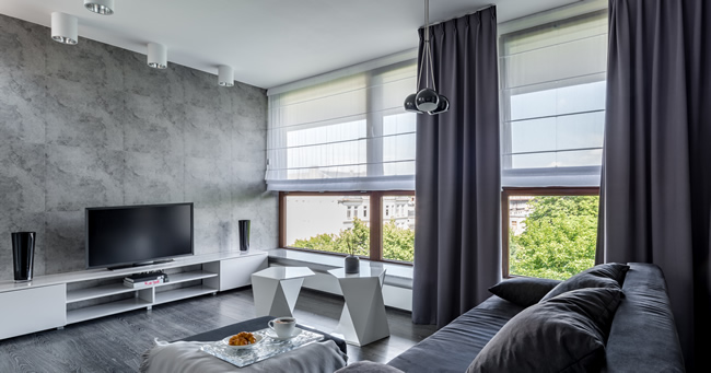 Choosing Blinds Or Curtains