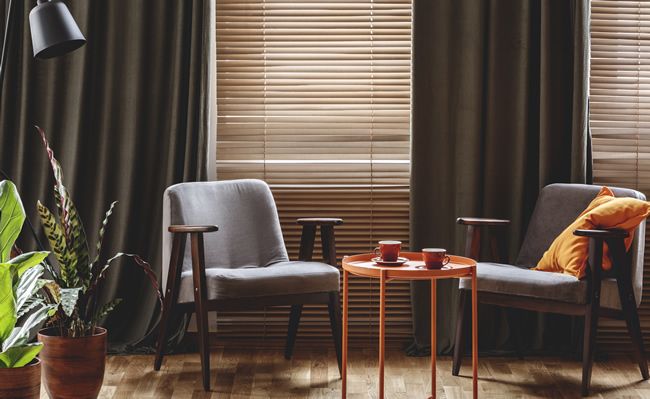 How to Pair Curtains With Blinds