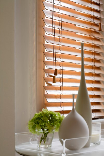 tuscan oak blinds close up